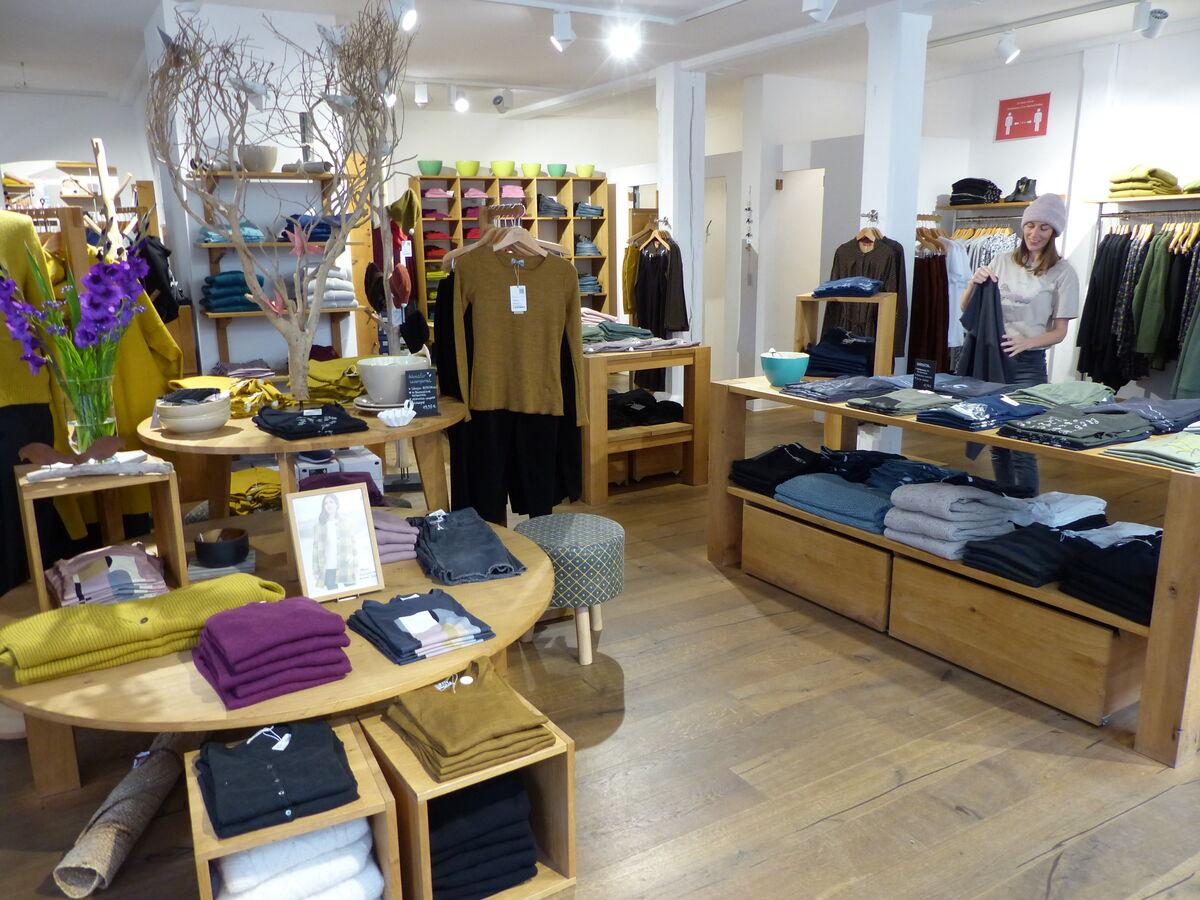 Maas Mode Shop Innen